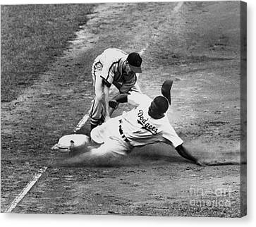Jackie Robinson (1919-1972) Canvas Print by Granger