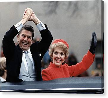 President Ronald Reagan And First Lady Canvas Print by Everett