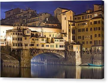 Vecchio Bridge At Night Canvas Print by Andre Goncalves