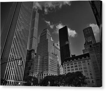 5th Ave. At Central Park South 001 Bw Canvas Print by Lance Vaughn