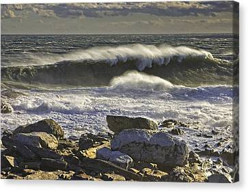 Large Waves Near Pemaquid Point On The Coast Of Maine Canvas Print by Keith Webber Jr