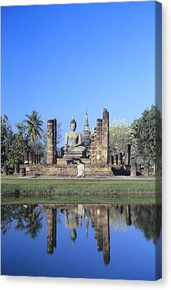 Wat Mahathat Canvas Print by Gloria & Richard Maschmeyer - Printscapes