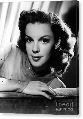 Judy Garland (1922-1969) Canvas Print by Granger