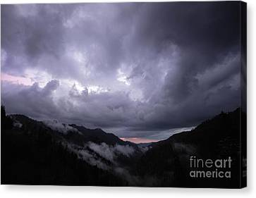 A Storms A Comin Canvas Print by Todd Bielby