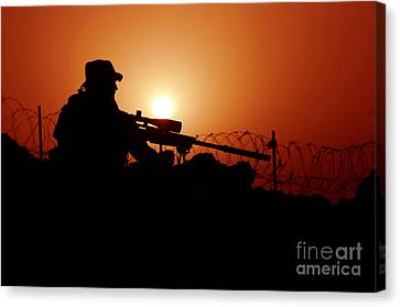 A U.s. Special Forces Soldier Armed Canvas Print by Stocktrek Images