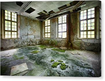 Abandoned Room - Urban Exploration Canvas Print by Dirk Ercken