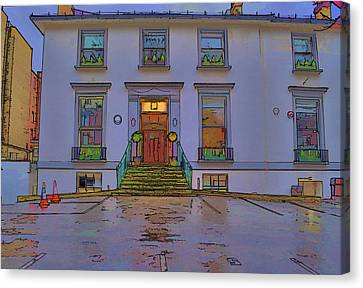 Abbey Road Recording Studios Canvas Print by Chris Thaxter
