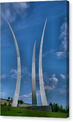 Air Force Memorial Iv Canvas Print by Steven Ainsworth