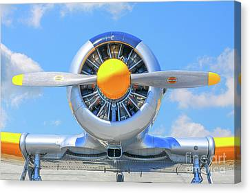 Airplane Engine Front View Canvas Print by Randy Steele
