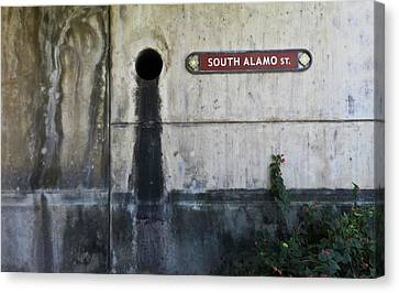 Alamo Riverwalk Sign Canvas Print by Tony Grider
