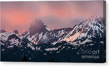 American Border Peak And Mount Larrabee At Sunset Canvas Print by Mike Reid