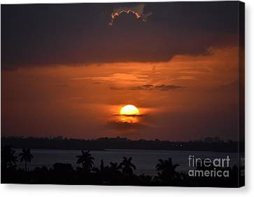 Angel's Head Sunset Canvas Print by Rene Triay Photography