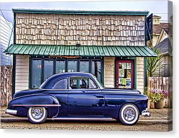 Antique Car - Blue Canvas Print by Carol Leigh