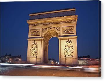 Arc De Triomphe, Paris, France Canvas Print by David Min