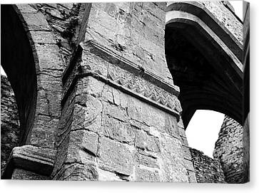 Architecural Detail At Irish Jerpoint Abbey County Kilkenny Ireland Black And White Canvas Print by Shawn O'Brien