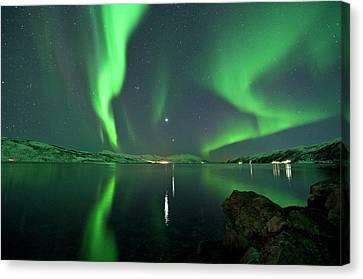Aurora Borealis Canvas Print by Bernt Olsen