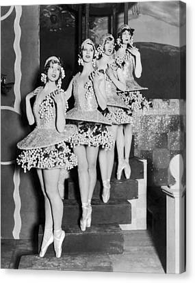 Ballet Dancers On Steps Canvas Print by Underwood Archives