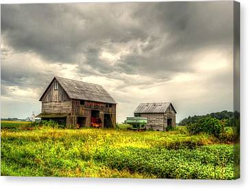 Barn And Sky Canvas Print by Jeffrey Platt