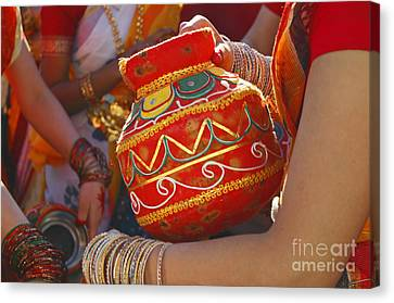 Bengali Maiden Dancers With Water Jars Canvas Print by Charline Xia