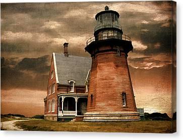 Block Island Southeast Light Canvas Print by Lourry Legarde