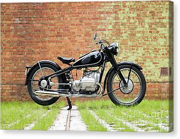 Bmw R5 Canvas Print by Tim Gainey