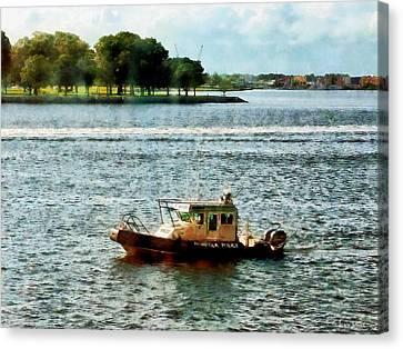 Boats - Police Boat Norfolk Va Canvas Print by Susan Savad