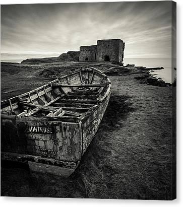 Boddin Point Wreck Canvas Print by Dave Bowman