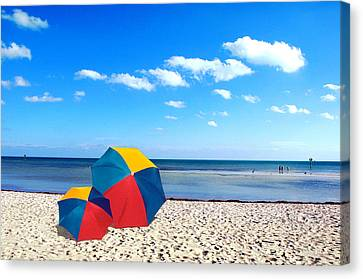 Bring The Umbrella With You Canvas Print by Susanne Van Hulst