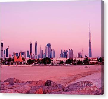 Burj Khalifa Previously Burj Dubai At Sunset Canvas Print by Chris Smith