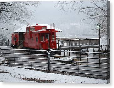 Caboose In Snow Canvas Print by Eric Armstrong