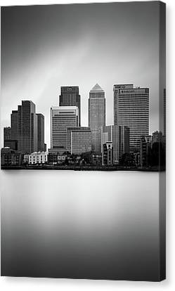 Canary Wharf II, London Canvas Print by Ivo Kerssemakers