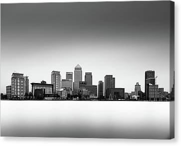 Canary Wharf Skyline Canvas Print by Ivo Kerssemakers