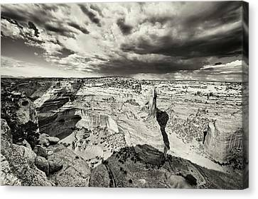 Canyon De Chelly  Canvas Print by George Oze