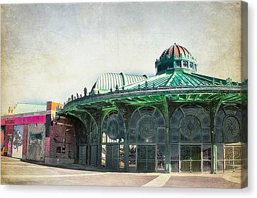 Carousel House At Asbury Park Canvas Print by Colleen Kammerer