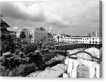 Casco Viejo In Black And White Canvas Print by John Rizzuto