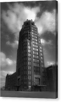 Central Terminal Canvas Print by Chuck Alaimo