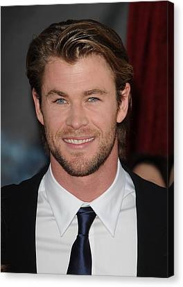 Chris Hemsworth At Arrivals For Thor Canvas Print by Everett