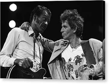 Chuck Berry And Keith Richards Canvas Print by Terry O'Neill