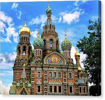 Church Of The Spilled Blood Canvas Print by Gary Little