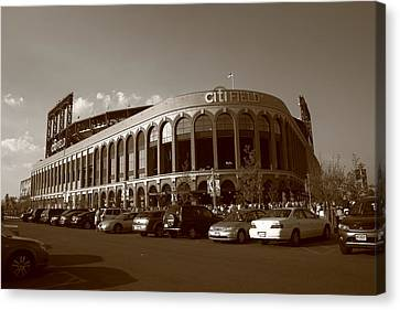 Citi Field - New York Mets 14 Canvas Print by Frank Romeo