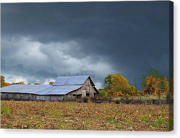 Coming Rain Canvas Print by Jan Amiss Photography