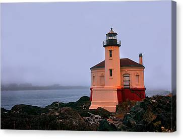 Coquille River Lighthouse 2 Canvas Print by Mike Flynn
