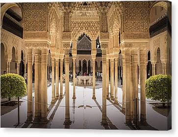 Court Of The Lions - Alhambra Palace - Granada Spain Canvas Print by Jon Berghoff