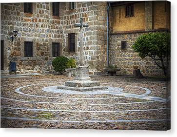 Courtyard At Convent Of The Incarnation Canvas Print by Joan Carroll