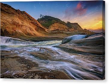 Cove At Cape Kiwanda, Oregon Canvas Print by Rick Berk