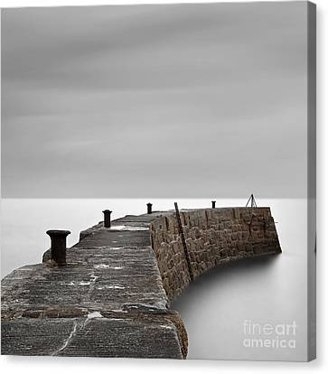 Curve Canvas Print by Richard Thomas