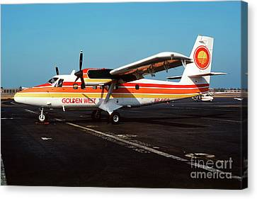 De Havilland Canada Dhc-6 Twin Otter, N64150 Canvas Print by Wernher Krutein