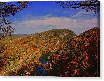 Delaware Water Gap In The Fall Canvas Print by Raymond Salani III