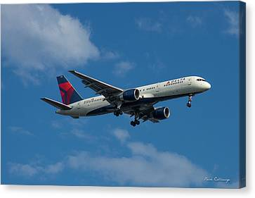 Delta Air Lines 757 Airplane N668dn Canvas Print by Reid Callaway