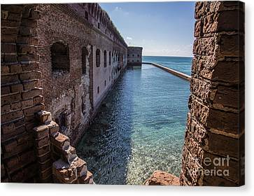Dry Tortugas 2 Canvas Print by Richard Smukler